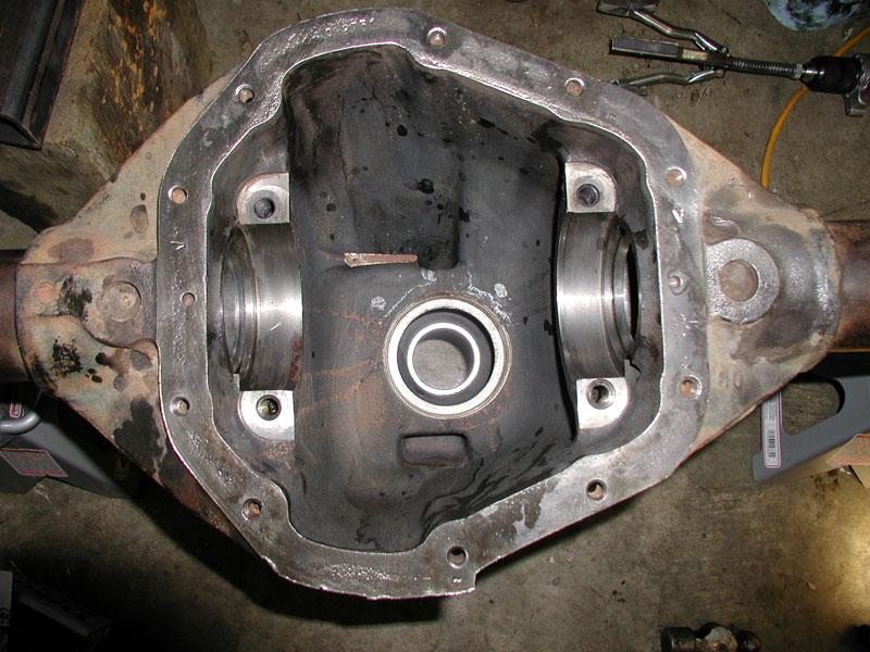 BroncoII4x4 com - Dana 60 Gear Setup and ARB air locker install